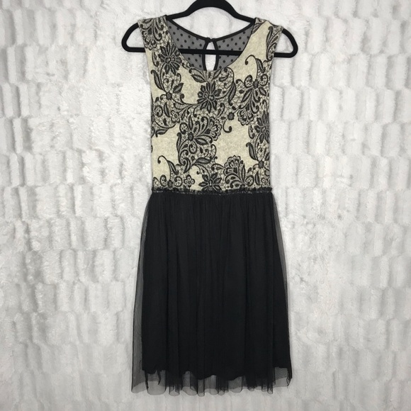 Anthropologie Dresses & Skirts - Anthropologie Weston Wear Sweater Lace Tulle Dress